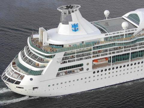 Rhapsody of the Seas Schiff