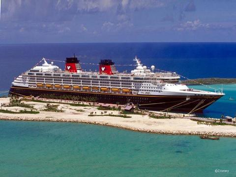 Disney Magic Schiff