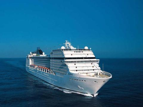 MSC Poesia Schiff