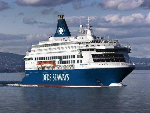 Pearl Seaways Schiff