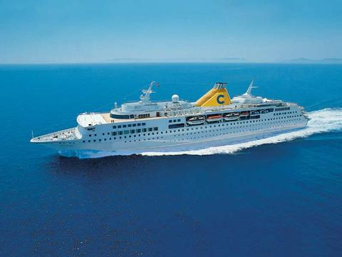 Costa Voyager Schiff