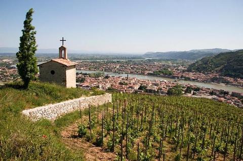 Silvester auf der Rhône